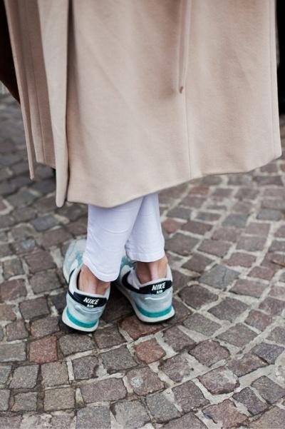 Sneakers 16